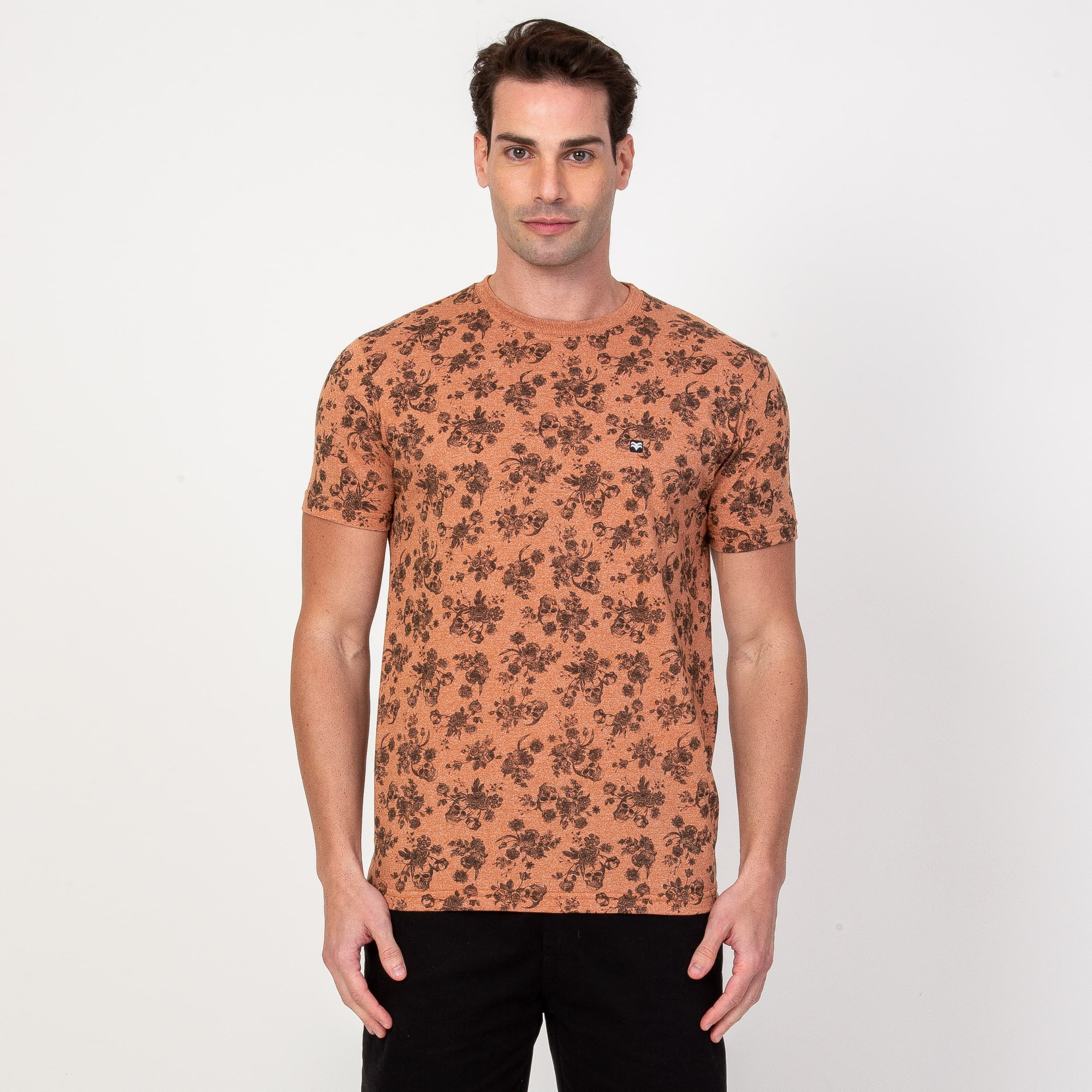 T-shirt Skulls and Flowers