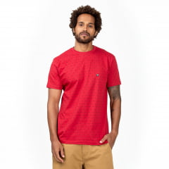 T-Shirt Triângulos Vermelho